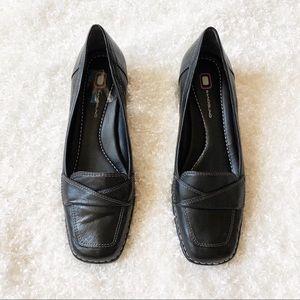 Bandolino Black Low Heels Size 8